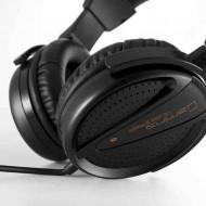 MODECOM MC-828 Striker Fejhallgató.2.0.3.5mm.Kábel:2m.32Ohm.20-20000Hz.Mikrofon.Black